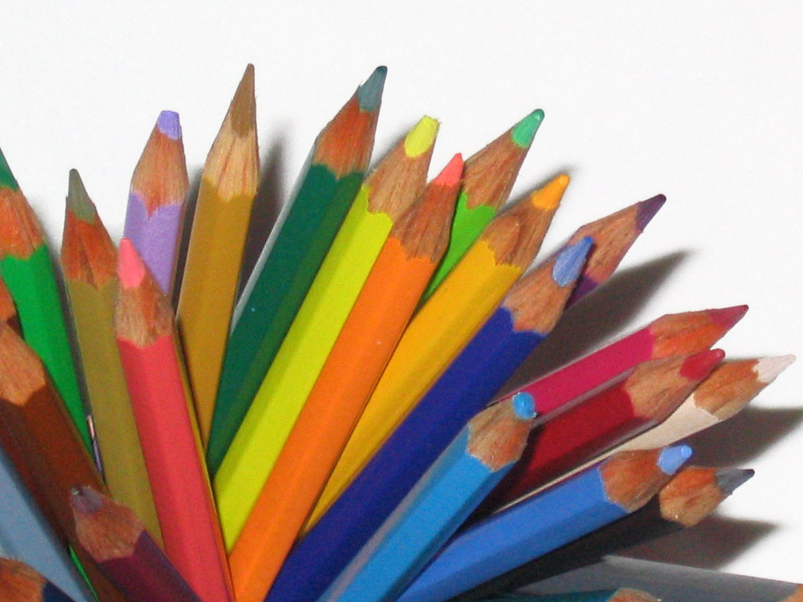 wordpress.colorful-pencil-1424628