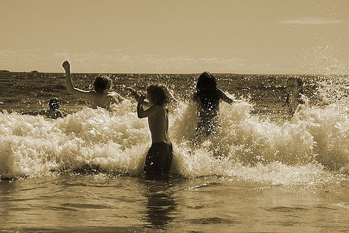 wordpress.P.Morgan.Rissers_surf_swimming_17317_l